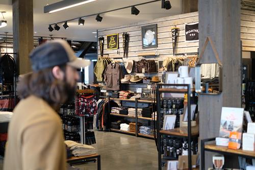 Men's Shopping Big Sky, Montana