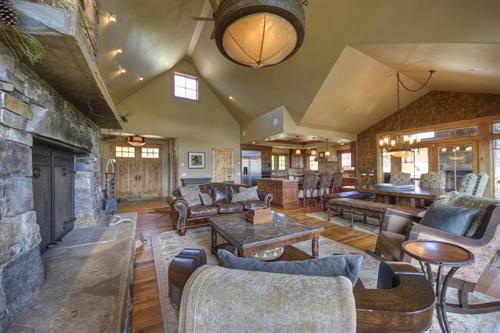 Four Bear Lodge