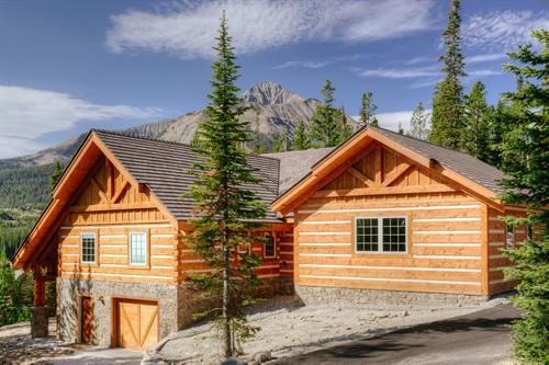 Little Plume Lodge
