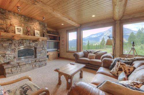 Lone View Lodge