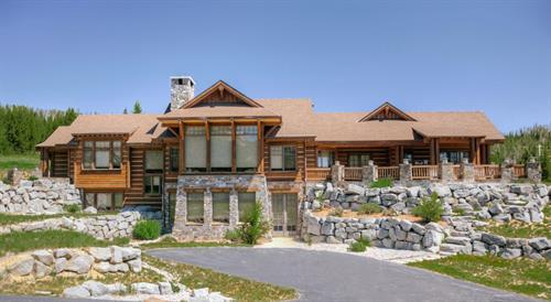 White Grass Lodge
