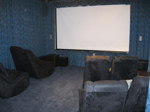 CH home movie theatre