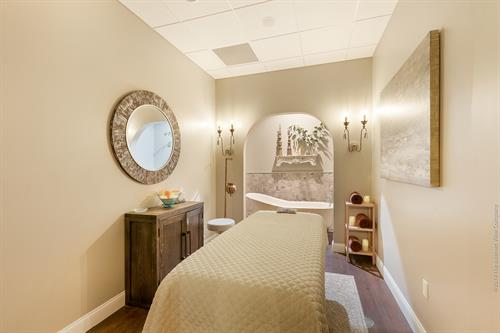 Our tub room, have a massage then relax in our tub with Voya Seaweed.