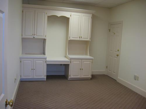 3rd floor office available for rent