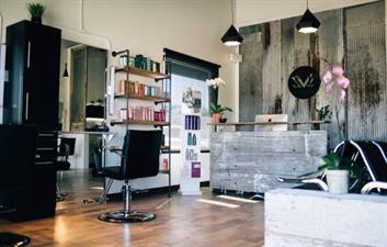 LVL Salon