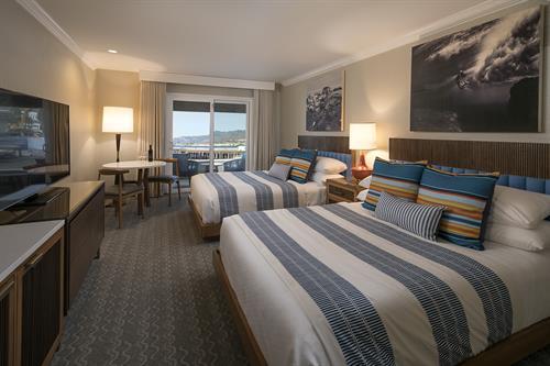 2 Queen Ocean Front Room