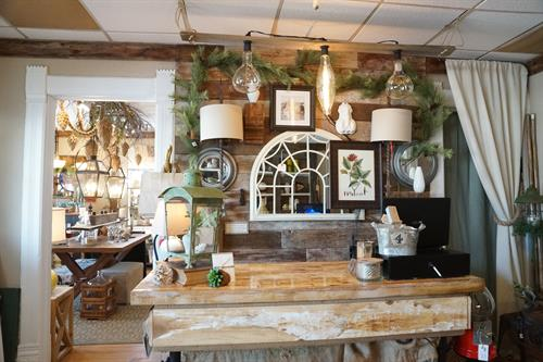 Welcome to Patina Haus! We are your local Lake Zurich retailer for home decor and gifts.