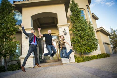 Successfully navigating the real estate market