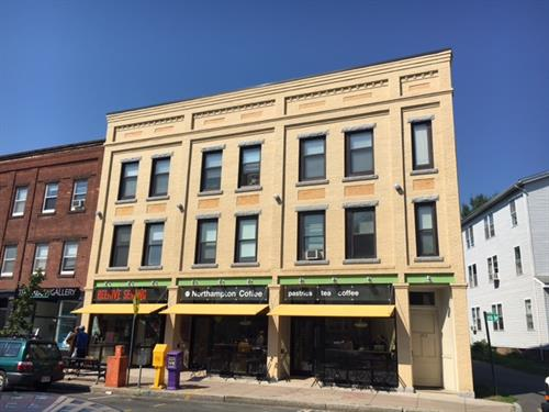 263-287 Pleasant St. Commercial spaces and luxury apartments in Northampton