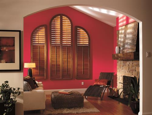 Hardwood shutters insulating design make indoor spaces cooler in summer and warmer in winter, keeping your room at an ideal temperature.