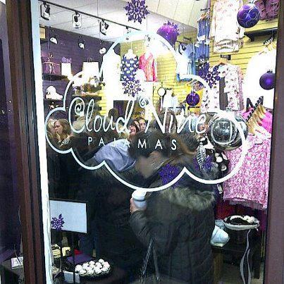 Gallery Image St_Albert_Store_Cash_Mob.jpg