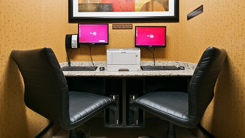 Keep connected in our 24 business center.