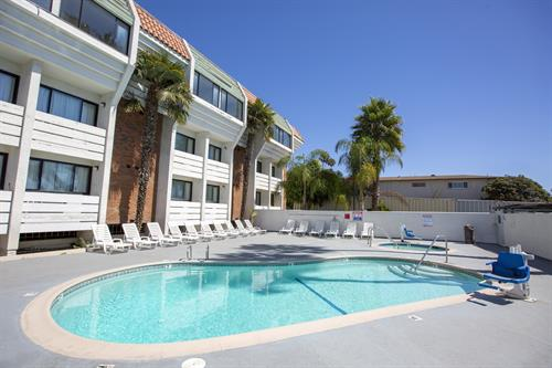Outdoor Swimming Pool at Amanzi Hotel in Ventura