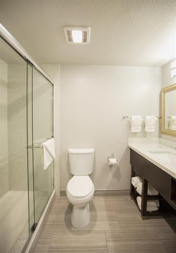 Guest Bathroom at Amanzi Hotel