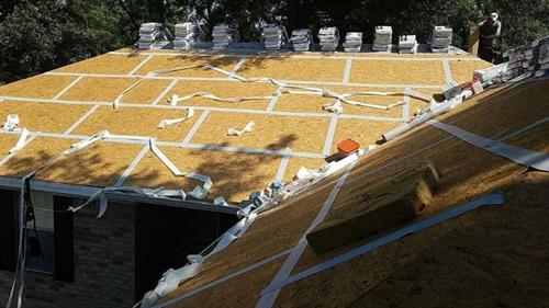 Gallery Image american_roofing_11.JPG