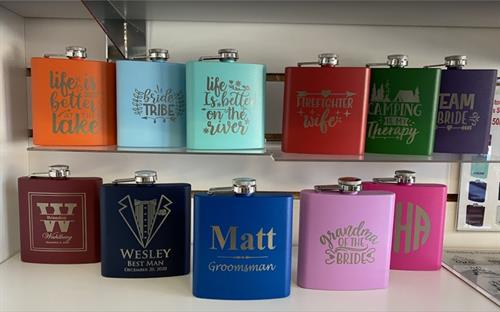 Custom Flasks - Huge Selection - FREE ENGRAVING
