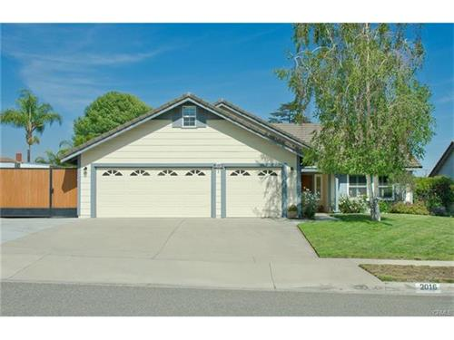 Single Family Home in Upland