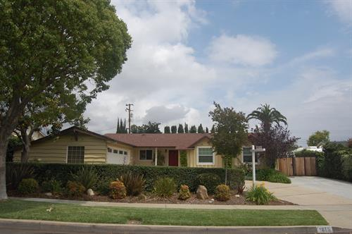 Single Family Home in Claremont