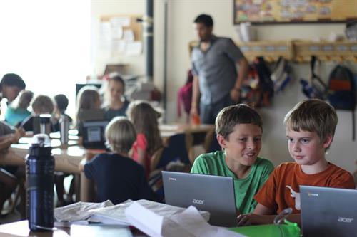 Gallery Image Computer_Boys_smaller.JPG