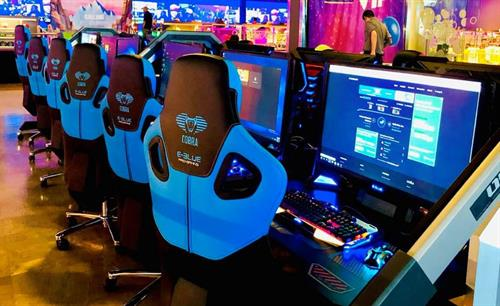"""First known """"off-campus"""" E-Sports center in northern New-England!"""