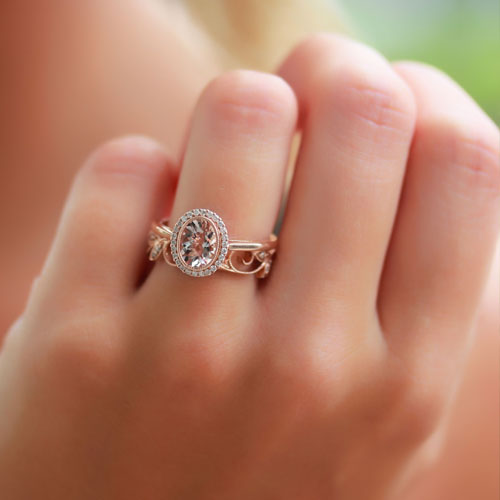 Get engaged with Robinson Jewelers! Largest bridal selection in Greenville.