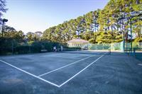 Baywood Racquet Club