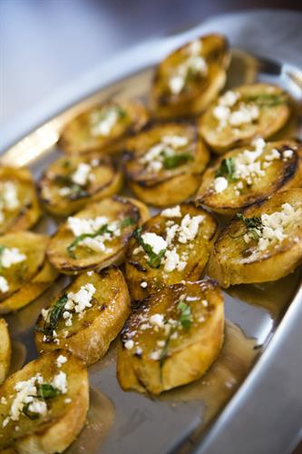 Herbed Crostini with Goat Cheese