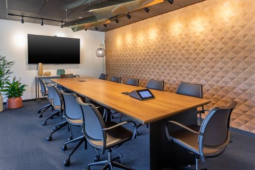 Gallery Image Large_Conference_Room.jpg