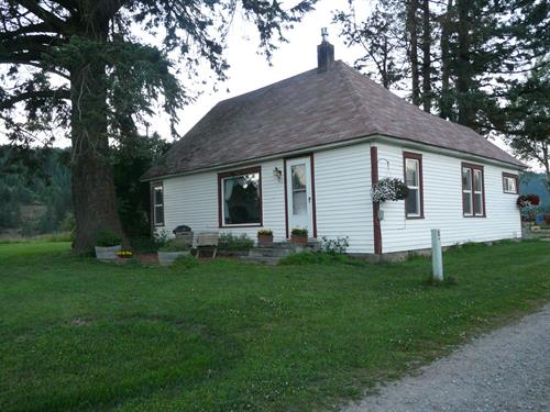 100 year old two bedroom getaway cottage on the ranch, completely remodeled