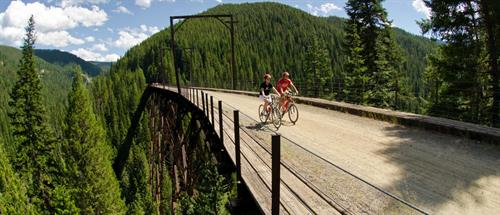 Gallery Image guided_bike_tours_in_spokane_and_coeur_dalene.jpg