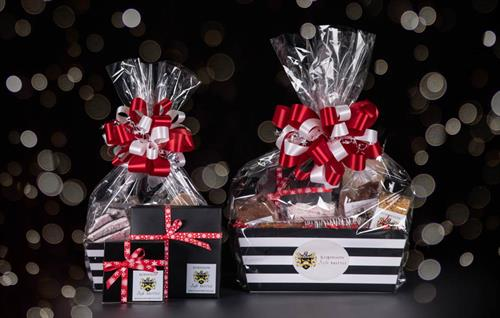 Gift baskets and Christmas gift boxes