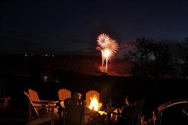 Gallery Image Fireworks_32.jpg