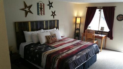 Patriotic Room (23)