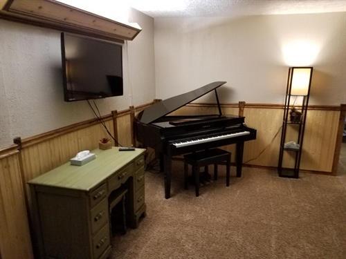 Queen Suite (29)