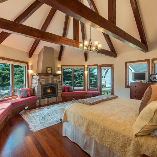Dreamy bedroom suites at Moondancer!