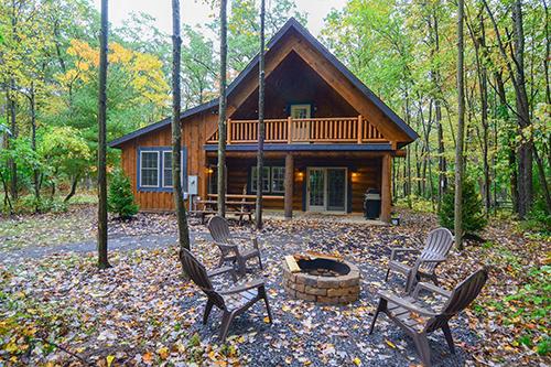 Cozy 2 bedroom cabins like Owl Cabin!
