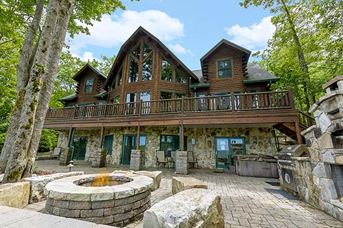 Amazing log homes like Mountain View Lodge