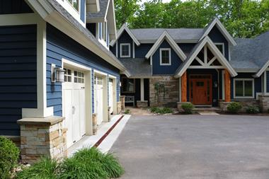Holy Cross Garage & Home