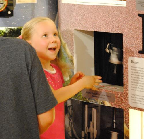Gallery Image little_girl_surprised.jpg