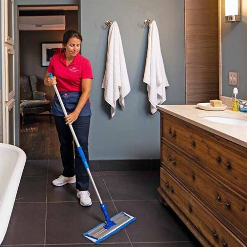 Gallery Image proof_display_MM_CLEANING_BATHROOOM.jpg