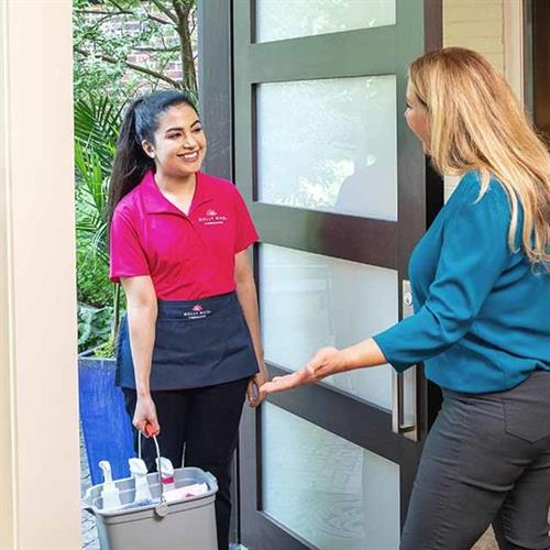 Gallery Image proof_display_MM_cleaner_at_the_door.jpg