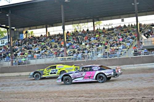 PDTR Plymouth Dirt Track Racing (photo by Frank Motorsports)