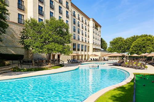 200-foot Lagoon-Style Pool
