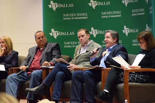 Panel discussion on healthcare at UTD