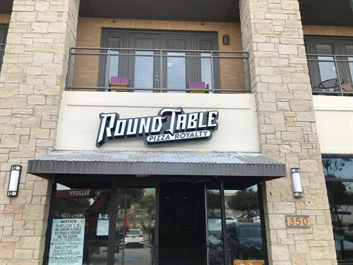 Round Table Pizza - Plano, TX