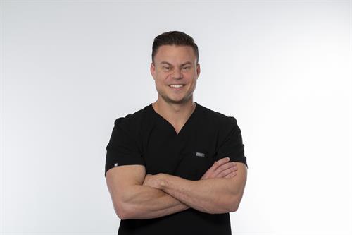 Dr. Ben Winters