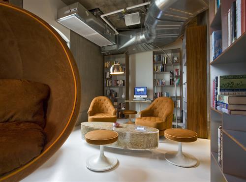 Gallery Image Business_Center.jpg