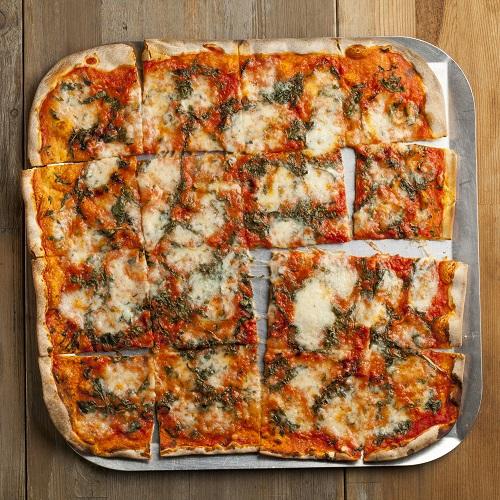 """14"""" Tomato & Basil Pizza"""