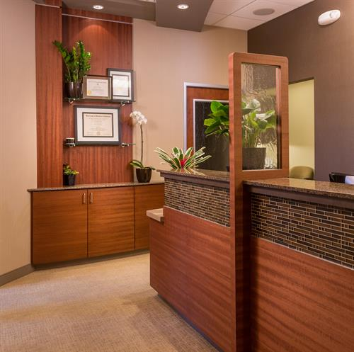 Gallery Image Front_desk_area_at_Rice_Dentistry_in_Irvine.jpg