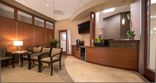 Gallery Image Waiting_room_of_Irvine_Dentist_Dr._Scott_Rice_and_Dr._Taylor_Rice.jpg